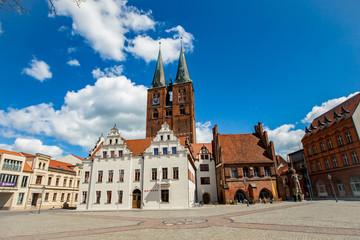 Marktplatz Hansestadt Stendal mit Rathaus