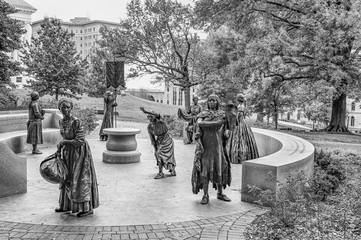 "Virginia Women's Monument ""Voices in the Garden"""