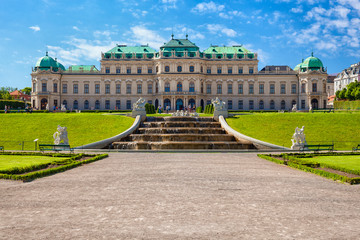Wall Mural - The beautiful Belvedere Palace in Vienna, Austria.
