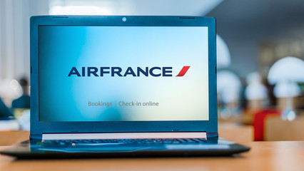 Laptop computer displaying logo of Air France