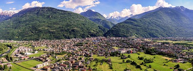 Foto auf AluDibond Khaki Morbegno in Valtellina, Italia