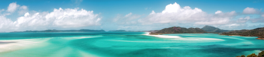 Foto op Canvas Blauw Panoramic view of beautiful white heaven beach with copy space