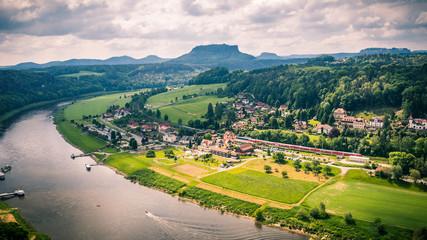 Fotobehang Wijngaard village in the mountains
