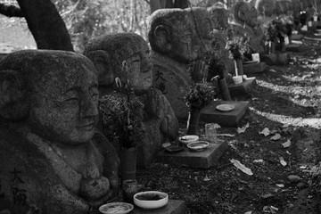 笑顔の石仏(Smile Stone buddha)
