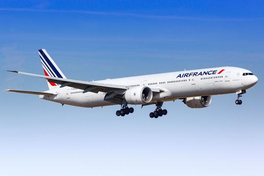 Air France Boeing 777 airplane