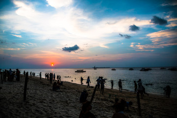 Printed kitchen splashbacks Zanzibar People At Beach Against Sky During Sunset