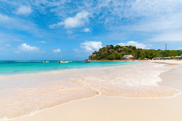 Long bay Atlantic coast - Caribbean tropical sea - Antigua and Barbuda.