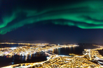 Photo sur Toile Aurore polaire Tromso in Northern Norway