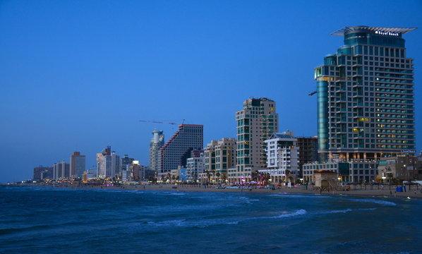 Skyline Tel Aviv Israël coucher de soleil