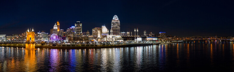 Wall Mural - Night panorama Cincinnati Ohio lit at night