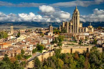 In de dag Oude gebouw Panoramic view of Segovia, Spain including the Cathedral of Segovia