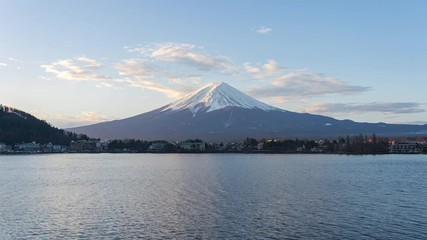 Wall Mural - Mount Fuji with view of lake Kawaguchiko in Japan