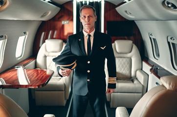 Fototapeta Pilot in private aircraft obraz