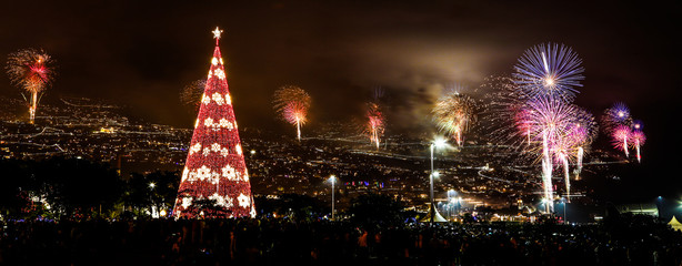 Fotomurales - Firework Display At Night In City During Christmas