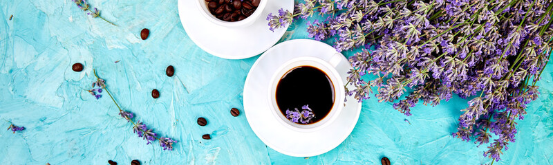 Foto op Canvas koffiebar Banner of Coffee and lavender flower on blue background from above.