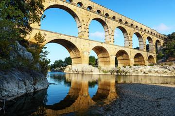 Pont du Gard aqueduct, Provence, France - view at sunset Fotomurales