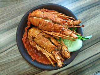 Grilled lobster with chili sauce