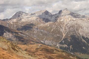 Schweizer Alpenlandschaft; Splügener Kalkberge von Süden
