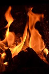 ogień, płomieni, oparzenia, ciepło, gorąco, płomieni, kominek, pomarańcz, gorąca, ognisko, czerwień, ciepły, pożar , pożar lasu , lawa ,żar ,ognisko