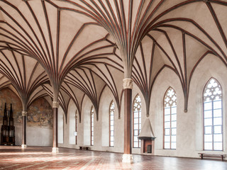The Grand Refectory, the biggest hall in Malbork Castle with beautiful gothic rib vault ceiling, Poland Fotomurales