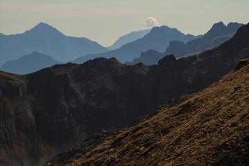 Alpine Silhouette; Blick vom Piz Tamborello nach Süden