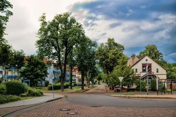 Fotomurales - könnern, deutschland - stadtpanorama in der nähe vom bahnhof