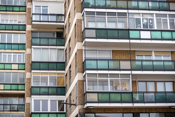 Formas abstractas para fondos y composiciones de edificios en una ciudad
