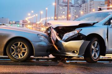 Obraz automobile crash accident on street. damaged cars - fototapety do salonu