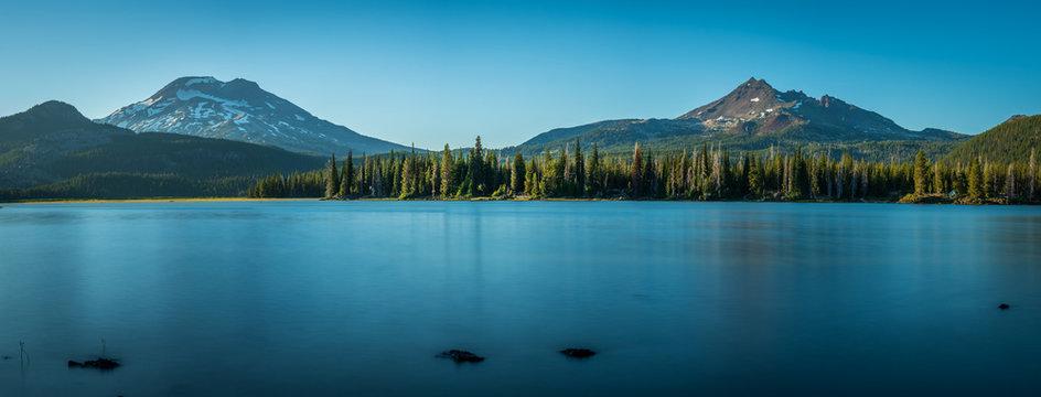 Mountain Lake Panorama - Oregon - Sparks Lake
