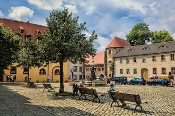 halle saale, deutschland - idylle am domplatz in der altstadt