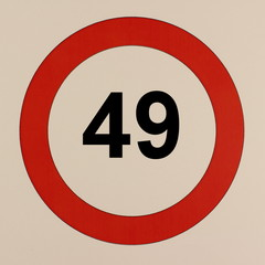 Grafische Darstellung des Straßenverkehrszeichen Maximalgeschwindigkeit 49 km/h