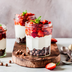 Yoghurt with Strawberries and Cereal