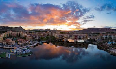 Papiers peints Las Vegas Sunset aerial view of the beautiful Lake Las Vegas area