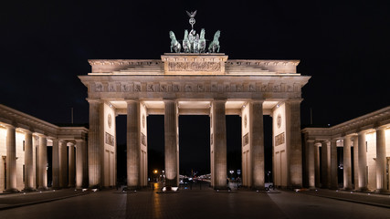 historic brandenburg gate berlin at night, brandenburger tor, nightscape, germany