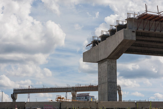 Atlanta Overpass Ramp Sits Partially Constructed