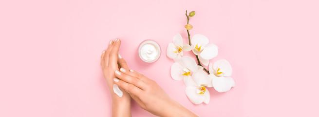 Foto op Aluminium Spa Cosmetic moisturizing cream lotion concept.