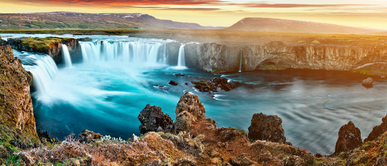 Papiers peints Cascades amazing Godafoss waterfall in Iceland during sunset, Europe