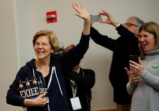 Democratic 2020 U.S. presidential candidate Warren visits the Progress Iowa Super Bowl Party in Des Moines