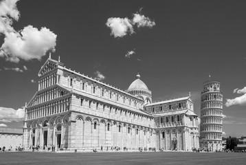 Fototapete - Historical landmark leaning tower of Pisa, Italy