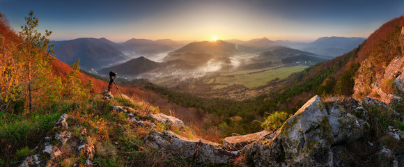 Photo sur Plexiglas Brun profond Mountain panorama at fall time in Slovakia - peak Sokol