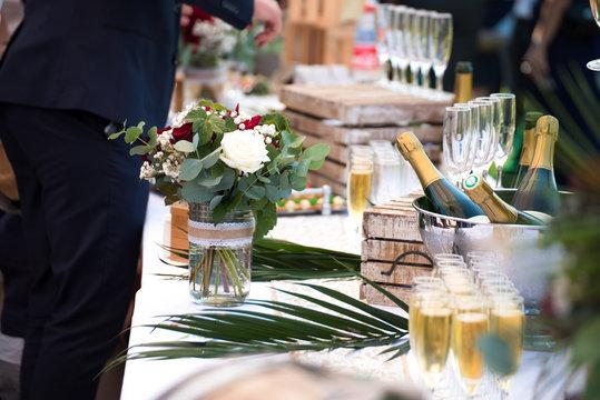 Déco de mariage thème Bordeaux