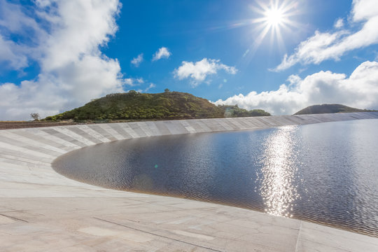 Retenue collinaire de Piton Marcelin, île de La Réunion