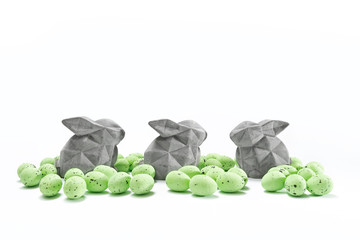 3 Easterbunnys and green eggs