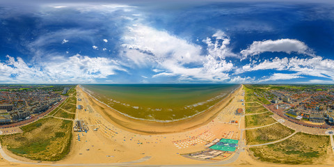noordwijk at the dutch coast 360° x 180° vr airpano