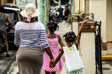 Dominican people, mother and girls
