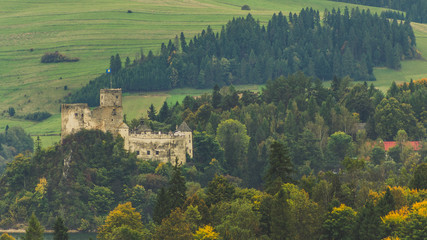 Acrylic Prints Olive Zamek w Niedzicy