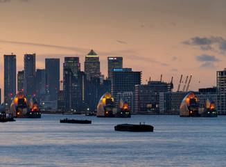 europe, UK, England, London, Canary Wharf frm Woolwich 2020 dusk