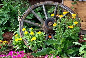 Wood spoke wagon wheel