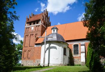 Fototapeta Gothic church of St. Anthony Abbot (Antoniego Opata) in Wozlawki, Warmia, Poland.  obraz