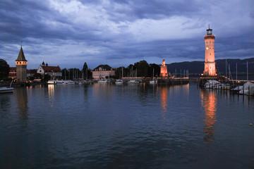 Romantische Abendstimmung im Lindauer Seehafen